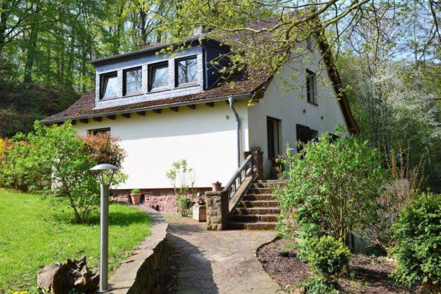 Nideggen: Ferienhaus, 2.001 qm Grundstück