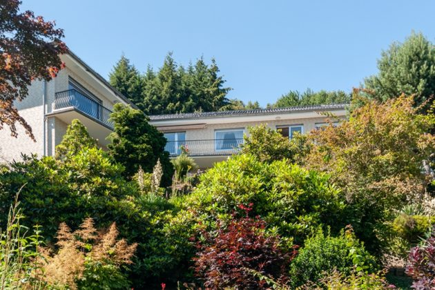 Simmerath: Einfamilienhaus, 1.696 qm Grundstück