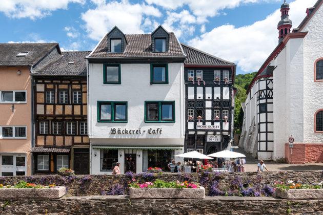 Bad Münstereifel: Reihenmittelhaus, 151 qm Grundstück