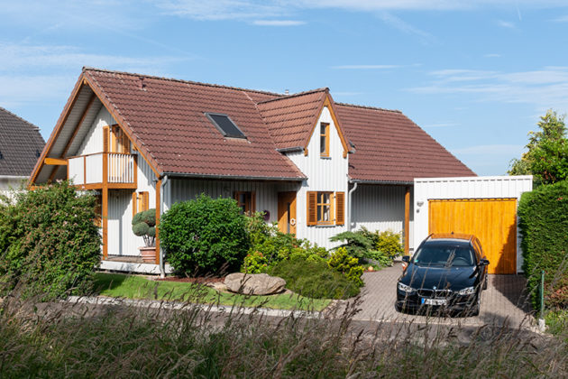 Euskirchen-Kirchheim: Einfamilienhaus, 704 qm Grundstück