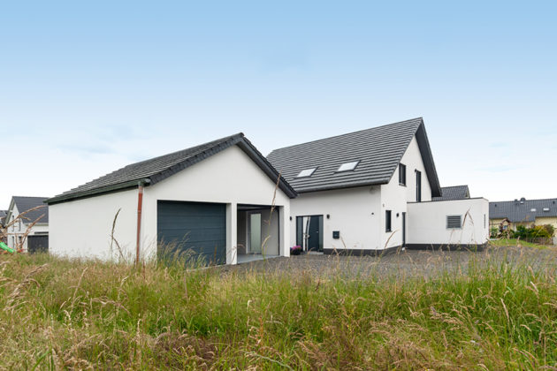 Hürtgenwald-Brandenberg: Einfamilienhaus, 683 qm Grundstück