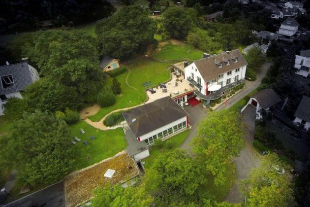 Bad Münstereifel: Hotelanlage, 3.800 qm Grundstück