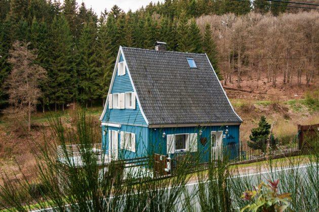 Hellenthal: Einfamilienhaus, 689 qm Grundstück